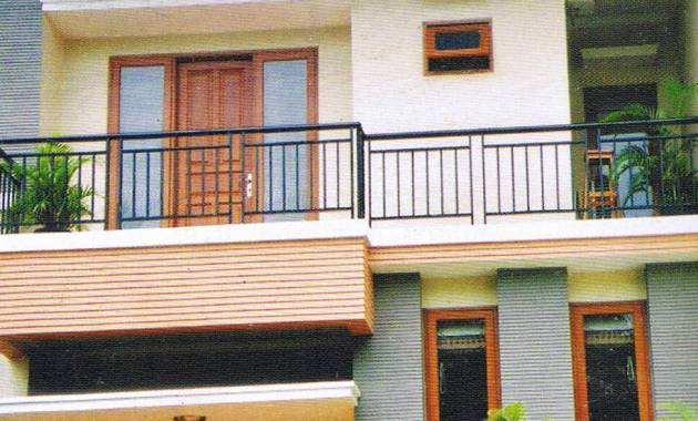 Balkon 01