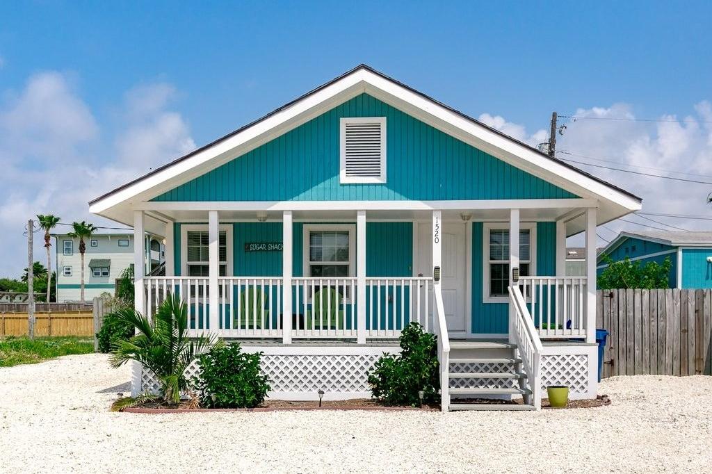 Warna Cat Depan Rumah Kayu Yang Elegan - Content
