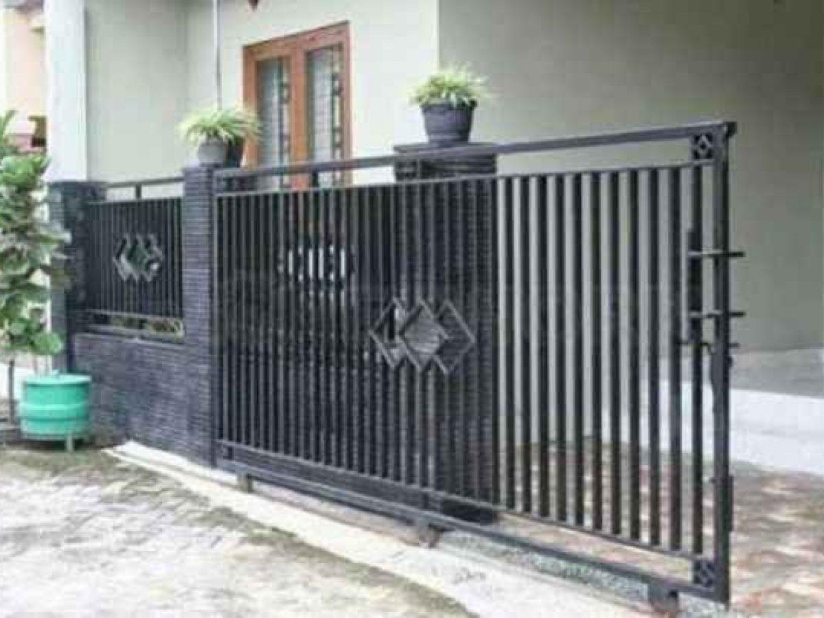 inspirasi desain pagar besi geser rumah minimalis 1200x900 1